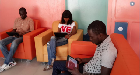 Le TabletCafé de Dakar, photo tirée du compte Twitter de @googleafrica