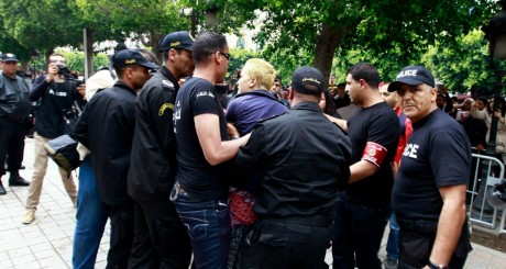 Arrestation d'Amina Tyler à Kairouan le 19 mai 2013 / REUTERS