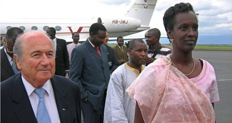 Lydia Nsekera, le 13 avril 2005, au Burundi. ESDRAS NDIKUMANA / AFP