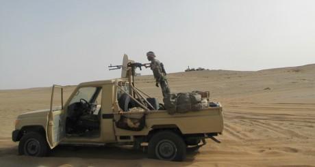 Voiture militaire dans le nord du Niger, 2011 / Flickr CC