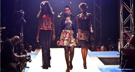 Défilé à la Dakar Fashion Week, juin 2012 / REUTERS