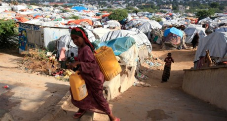 Camp de réfugiés somaliens, Mogadishu, mai 2013 / REUTERS