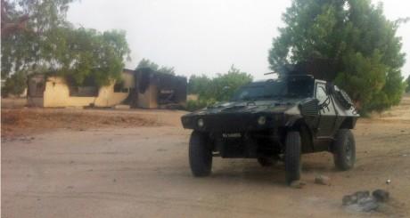 Voiture militaire à Maiduguri, 7 mai 2013 / REUTERS