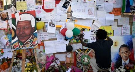 Mur couvert de messages de soutien à Mandela, Pretoria, 28 juin 2013 / REUTERS