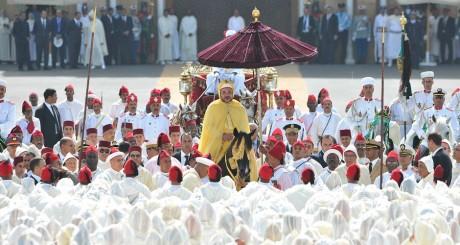 Le roi Mohamed VI lors de la Ba'aya, Rabat, août 2012 / Reuters