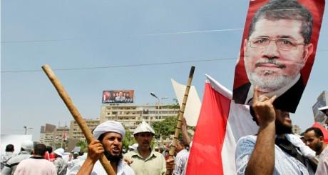 Manifestants pro-Morsi au Caire, le 4 juillet 2013 / REUTERS