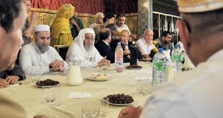 Célébration du début du jeûne, Mosquée de Paris, août 2010 / AFP