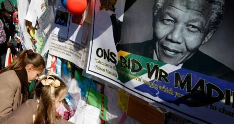Messages de soutien à Nelson Mandela, 12 juillet, Pretoria / Reuters