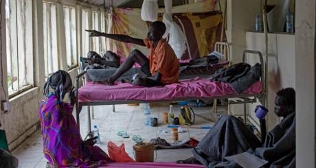 Des victimes des affrontements à Jonglei, Soudan du Sud, 15 juillet 2013 / AFP
