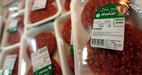 Rayon de boucherie halal dans un supermarché, 2010 / REUTERS
