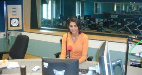 Nabila Ramdani à l'antenne / Compte Facebook de la journaliste