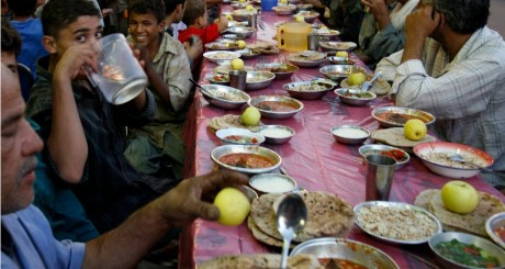 Table de ftour, Egypte, 2008 / REUTERS