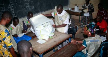 Dépouillement des votes, Bamako, 28 juillet 2013 / AFP
