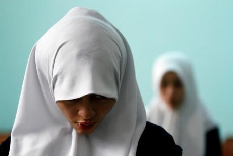 Etudiante à Tripoli, en Libye, le 16 mars 2012. REUTERS/Anis Mili