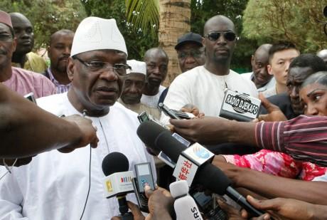 Ibrahim Boubacar Keita en conférence de presse, le 28 juillet 2013, à Bamako. REUTERS/Adama Diarra