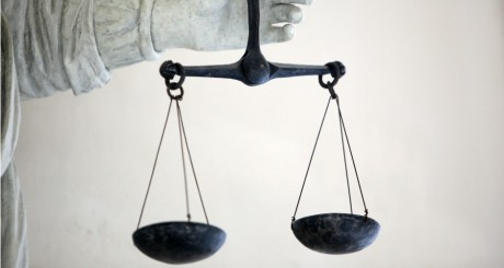 Balance de la justice / REUTERS