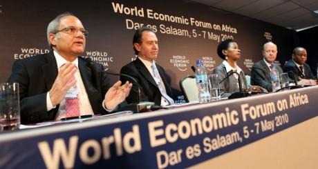 Forum économique de Dar es Salaam, Tanzanie, 2010 / REUTERS