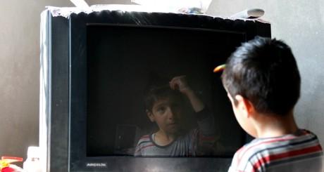 Ecran de télévision, 4 avril 2013 / REUTERS