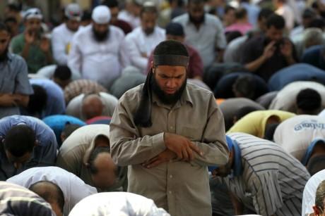 Partisans des Frères musulmans, le 23 août 2013, au Caire. REUTERS/Muhammad Hamed