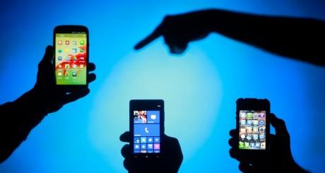 Smartphones, 17 mai 2013 / REUTERS