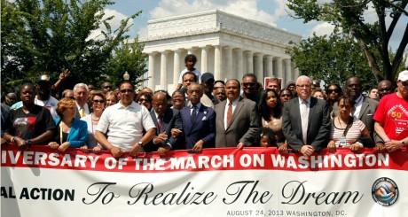 Martin Luther King III, fils du pasteur (centre droit) pendant la marche du 24 août 2013, Washington / REUTERS