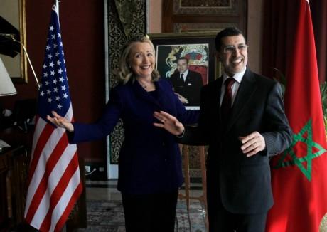 L'ex-secrétaire d'Etat Hillary Clinton et le ministre marocain des Affaires étrangères, 26 février 2012. REUTERS/Jason Reed