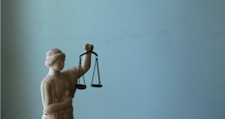 Statue de la justice, 2011 / REUTERS
