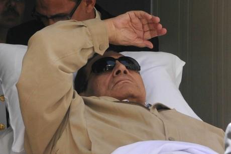 Hosni Moubarak, 2 juin 2012 au Caire. REUTERS/Stringer