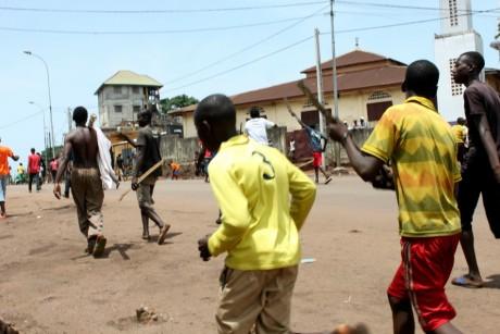 Manifestation, le 23 mai 2013, Conakry. REUTERS/Saliou Samb