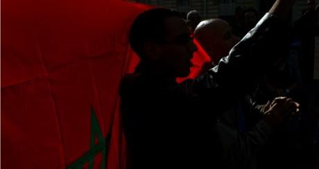 Manifestation de soutien à Ali Anouzla à l'ambassade du Maroc à Paris / AFP