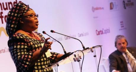 Leymah Gbowee en conférence à Sao Paulo, Brésil, 11 septembre 2013 / REUTERS