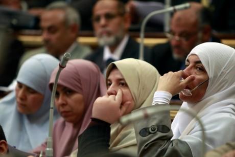 Députés membres du parti Justice et liberté, vitrine politique des Frères musulmans. REUTERS/Amr Abdallah Dalsh