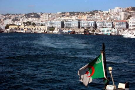 Port d'Alger. REUTERS/Zohra Bensemra