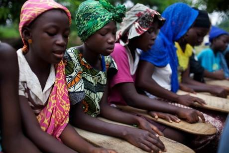 Elève d'une école coranic en  Sierra Leone,  REUTERS/Finbarr O'Reilly