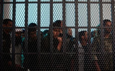 Présumés militants d'al-Qaida en prison au Yemen, REUTERS/Khaled Abdullah