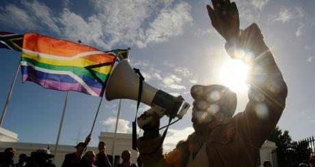 Manifestation de militants LGBT au Cap, mai 2012 / AFP