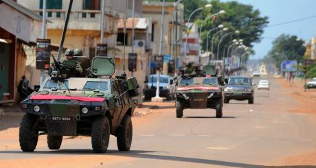 Patrouille de soldats français, Bangui, 8 décembre 2013 / AFP