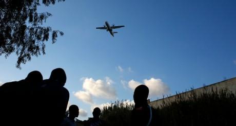 Un groupe de migrants clandestins subsahariens au Maroc / Reuters