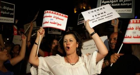 Manifestation de féministes tunisiennes, Tunis, août 2012. REUTERS/Zoubeir Souissi