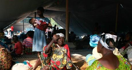 Un camp de déplacés à Bangui, décembre 2013. REUTERS/Andreea Campeanu