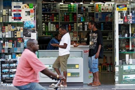Un magasin africain à Tel Aviv en Israël, REUTERS/Amir Cohen