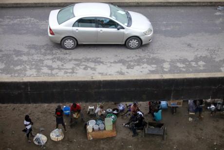 Un pont à Lagos. REUTERS/Akintunde Akinleye