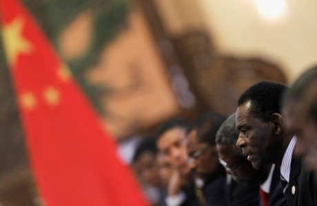 Teodoro Obiang Nguema Mbasogo lors d'une réunion avec ses homologues chinois à Pékin, REUTERS/How Hwee Young/Pool