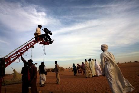 Membres du casting du film Stolen The Sun en plein tournage à Omdourman au Soudan, REUTERS/Mohamed Nureldin Abdallah