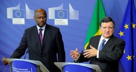 Oumar Tatam Ly, le Premier ministre malien et Manuel Baroso, le président de la Commission euroépenne / AFP