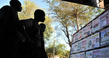 Une de journaux à Bamako / AFP