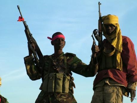 Enfants soldats de l'armée tchadienne dans la ville de Am Timan au Tchad, REUTERS / Stephanie Hancock