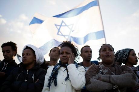 Migrants africains lors d'une manifestation à Holot en Israël, REUTERS / Amir Cohen