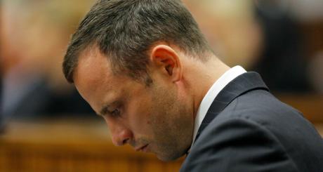 Oscar Pistorius au 2e jour de son procès, 4 mars 2014, Pretoria. REUTERS/Kim Ludbrook
