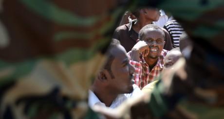 Des miliciens shebab arrêtés, Mogadiscio, janvier 2013 / AFP